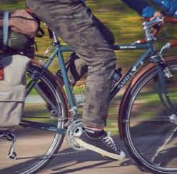 봄날 달리기 좋은 자전거 코스와 건강하게 타는 법