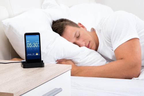 매일 밤, 같은 시간에 잠을 자야 하는 과학적인 이유