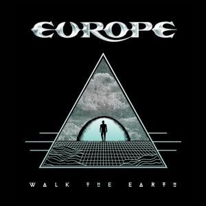 EUROPE, 과거와 끊임없이 교차하고 병진하는 유럽의 현재 모습