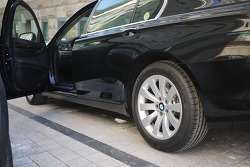BMW 730Ld... 7series 이런 모델은 괜히 말하기 힘들다.. 지만 타보니 좋다. ㅋ