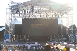 2013 DMZ 세계 평화 콘서트(Gyeonggido DMZ World Peace Concert 2013)