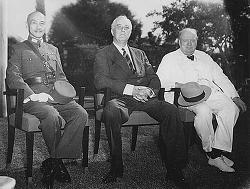 1943년에서 1945년까지 분단 과정의 교훈 :  외교 철학의 중요성과 국제 정치 능력