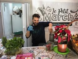 르 쁘띠 마르쉐, 스무디 파는 과일가게