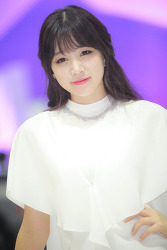 2013 서울모터쇼 인피니티의 홍지연 님 'ㅡ'
