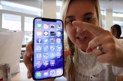 유튜버 딸에게 아이폰 X 시제품 보여준 애플 엔지니어, 해고당해