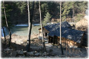 경남 합천 오두막 공동체