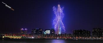 한강산책중 롯데월드타워에서 불꽃놀이 그 불꽃축제의 빛을 담았다.