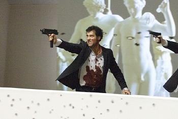 영화 '인터내셔널 The International, 2009', 다국적 은행의 비리를 쫓는 클라이브 오웬