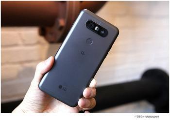 LG Q8 스펙, 눈여 보이는 세컨드스크린, 방수까지 갖춘 Q8 사용 후기