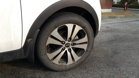 7년 3개월, 11만 km 주행한 자동차 타이어 보여드림 - 스포티지R