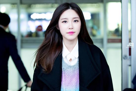 161104 김포공항 도착