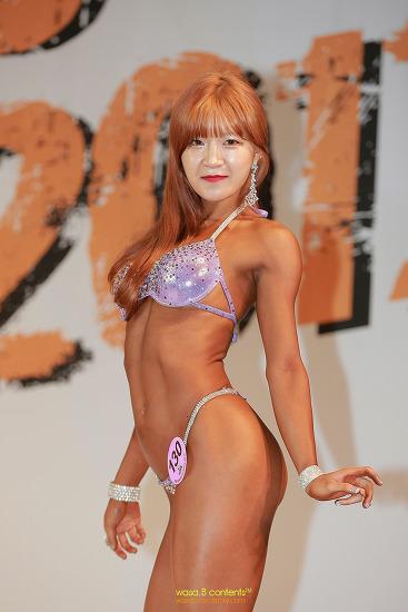 헬로비너스 안여름 닮았던 미모의 130번 유정 선수 2017 김준호 클래식 노비스 여자 비키니 부문