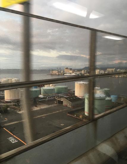남자 혼자 후쿠오카 하카타역 구경