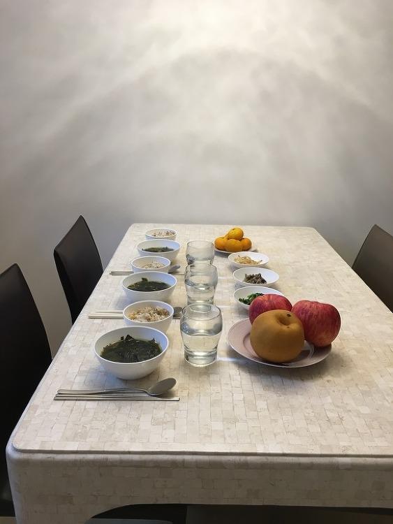돌삼신상 차리기~ 미역국, 삼색나물(시금치 잎, 고사리 줄기, 도라지 뿌리) 동트기전 ^^