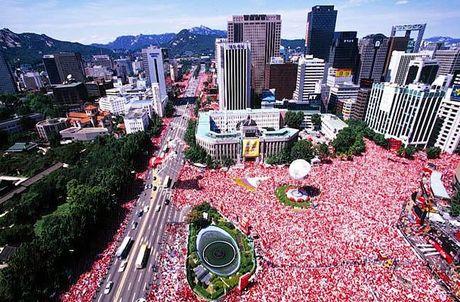 월드컵 당시 경찰 추정 50만 명