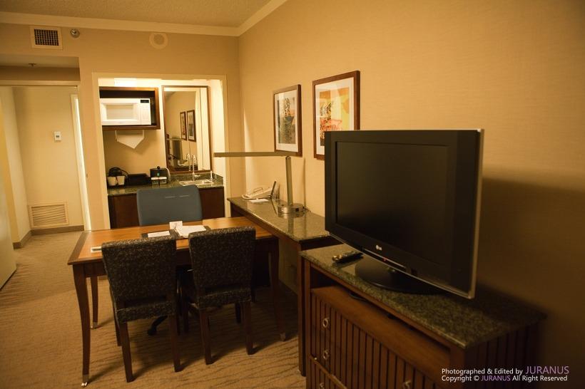 Embassy Suite La Quinta Hotel Amp