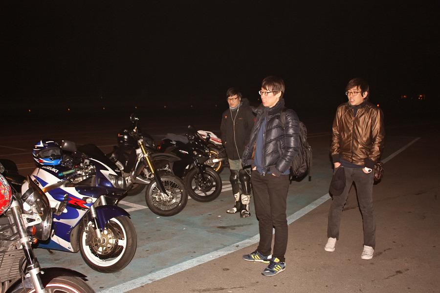 바이크로 달리자 - 야간 유명산 투어 : 180F6D3D4F6690921CFC41