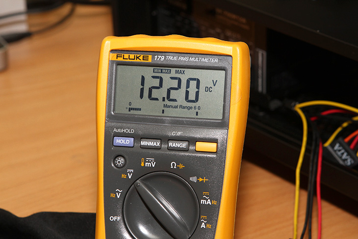 슈퍼플라워, NOVA 700W, 전압 문제, SF-700R12A, 테스트,IT,IT 제품리뷰,후기,사용기,슈플은 원래 티타늄 등급의 파워를 만들정도로 대단합니다. 그런데 이번에 사용해본 제품은 좀 많이 아쉽네요. 슈퍼플라워 NOVA 700W 전압 문제 SF-700R12A 테스트를 해 봤는데요. 일단 결론을 이야기해보면 전압이 상당히 불안정하네요. 이부분은 저만 언급한것이 아니라 다른곳에서 이미 언급이 되었던듯한데요. 확실히 파워서플라이는 직접 써봐야 정확하게 판단이 가능 하네요. 슈퍼플라워 NOVA 700W 전압 문제는 제가 테스터기를 이용해서 SF-700R12A를 측정해보면서 확실해졌습니다. 그리고 새파워를 2개를 테스트한 결과가 비슷하게 나와서 공개해봅니다.