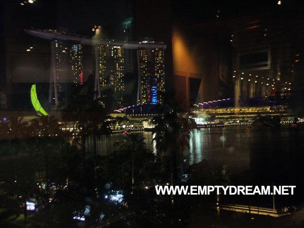 싱가포르 아트 테마 여행 - 싱가포르 에스플러네이드 도서관