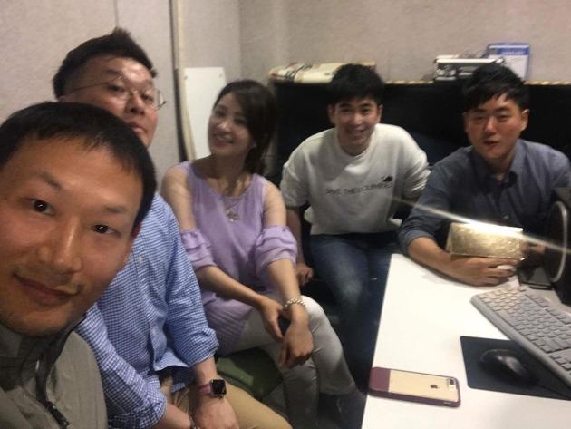 마케팅 빅리그, 시즌 1 에피소드 마지막날 기념촬영