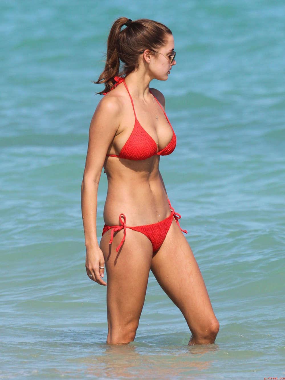 Alysa lanes bikini pictures