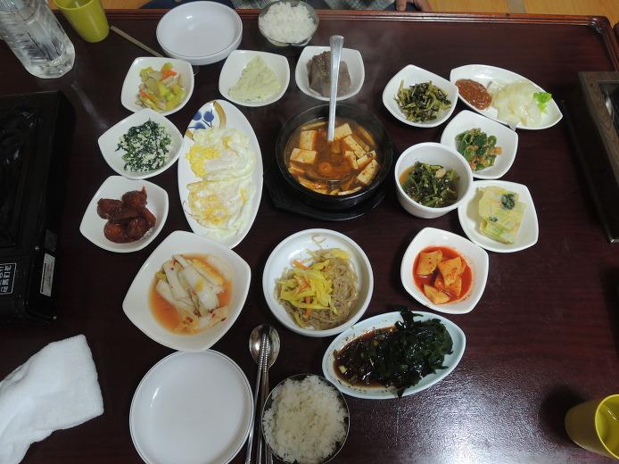 소롱골식당... 대전 오류동 오류빤짝시장 백반맛집... 콩갈비탕 대신 백반으로...