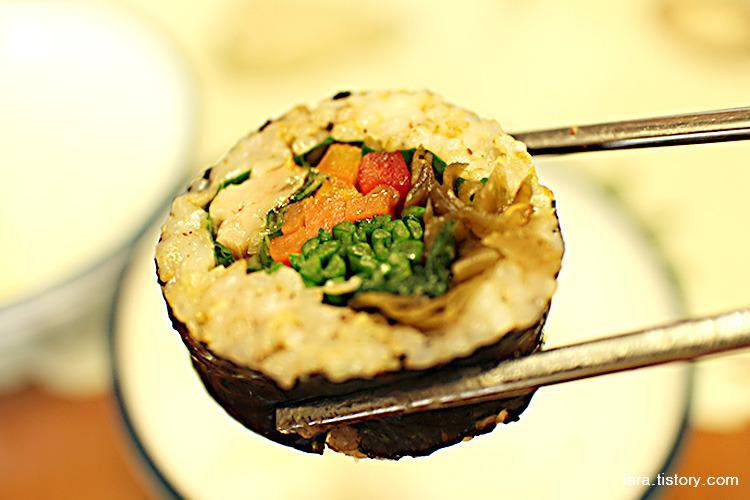 굽네치킨_남은치킨으로김밥만들기