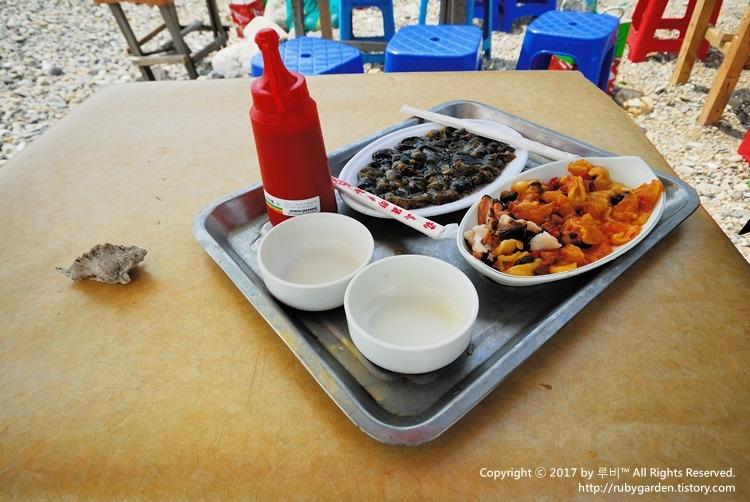 부산 맛집 / 영도 중리 해변 / 백종원도 다녀갔다는 '해녀촌'에서 맛본 멍게, 해삼, 소라회