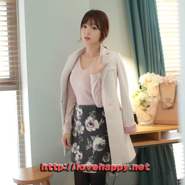 여성패션 코트 카라 뒷면과 소매배색이 돋보이는 003