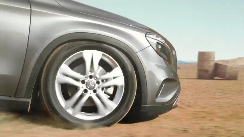 닌텐도(Nintendo)와 벤츠가 손을 잡았다! 실사 슈퍼마리오가 타는 자동차, 일본 메르세데스 벤츠(Mercedes Benz) GLA의 TV광고 - '슈퍼마리오(Super Mario)'편 [한글자막]