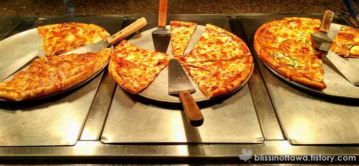 수제 피자 입니다