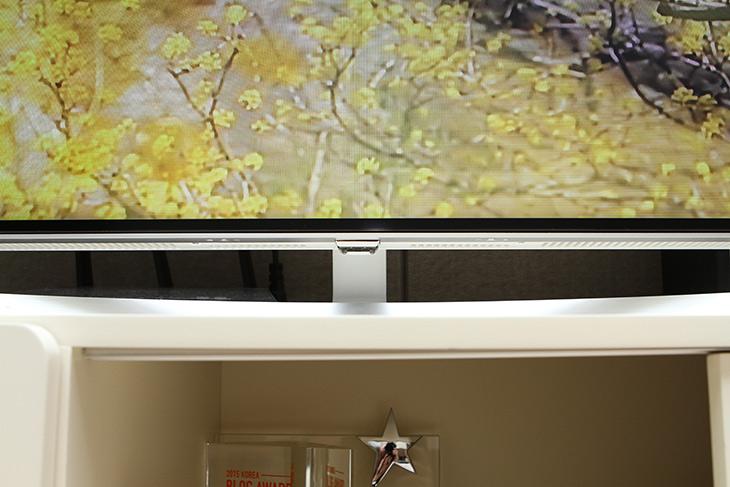 LG, 슈퍼 울트라HDTV ,나노셀 ,HDR ,놀라운 화질 ,거실 품격 올리다,IT,IT 제품리뷰,65UJ9800 이라는 모델을 사용해 봤습니다. 확실히 큰 화면이 좋긴 하네요. LG 슈퍼 울트라HDTV 나노셀 HDR 놀라운 화질을 경험했는데요 화면만 그전에 쓰던것보다 커져서 좋은게 아니었습니다. LG 슈퍼 울트라HDTV 65UJ9800을 쓰면서 거실의 품격이 올라가는 것을 느꼈는데요. 그전에 쓰던 TV와 차이가 확실히 나긴 하네요. 약 1나노미터 크기의 메시 분자구조를 활용한 나노기술로 색정확도와 색재현력이 그전보다 더 좋아졌는데요.