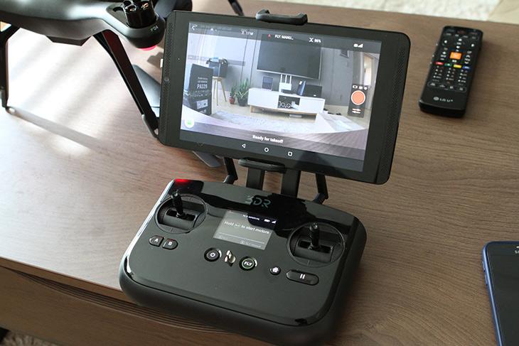 3DR Solo ,드론, 고프로4, Hero, 4K, 촬영, 장점, 단점,IT,IT 제품리뷰,묘기용 제품과 차이가 있는데요. 촬영을 위한 제품 입니다. 3DR Solo 드론 고프로4 Hero 4K 촬영을 해보고 장점 단점에 대해서 이야기를 해보려고 합니다. 촬영이 가능한 큰 드론을 날리기 위해서는 알아둬야할점이 있습니다. 그래서 교육을 받아야 하구요. 저도 교육을 받았습니다. 3DR Solo 드론 고프로4 Hero 4K 촬영을 위해서 여러번 날려보면서 많은 것을 배웠는데요. 잘못 착륙해서 날개도 하나 부러뜨리기도 했구요.