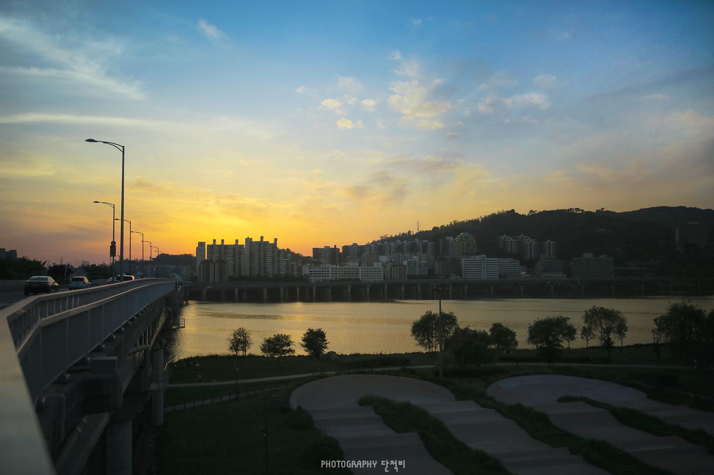 사무식 35mm 1.4 매직아워 광진교에서 본 한강