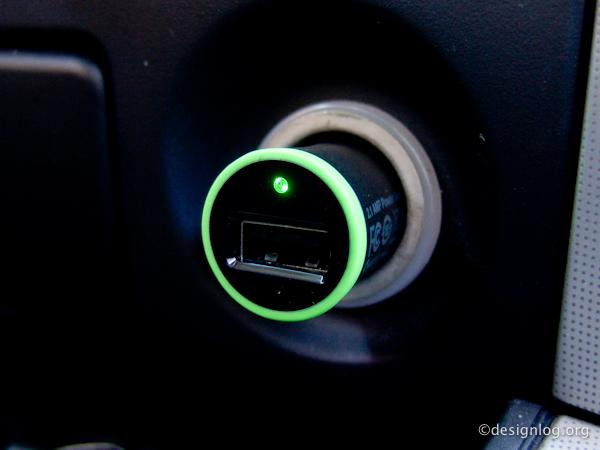 벨킨 라이트닝 차량용 충전기(F8J078)