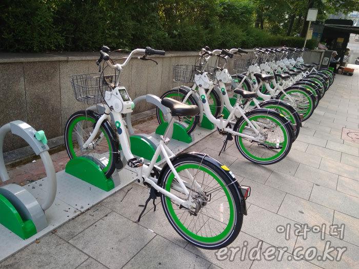 서울시가 운영하는 따릉이 공유 자전거, 잠깐 빌려 타보자