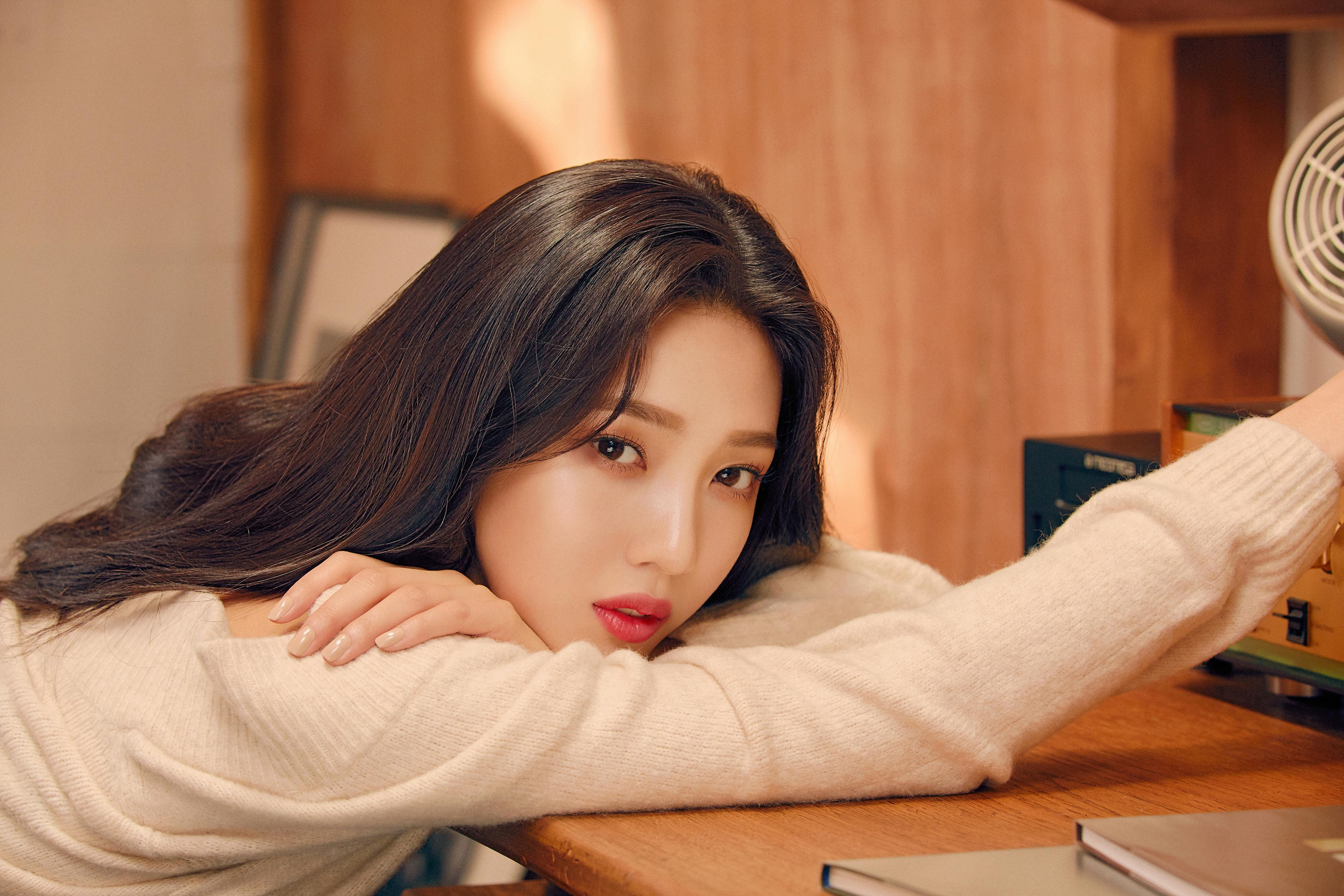 레드벨벳 조이 에스쁘아 2019 가을 신상 메이크업 화보 고화질