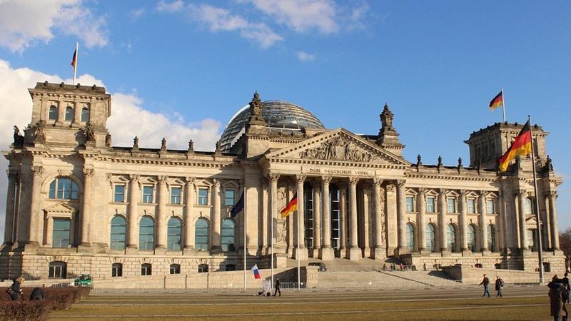 사진: 바이마르 헌법으로 유명한 독일은 연방총회에서 대통령을 선출할 뿐 권력은 국회가 가지는 의원내각제이다.