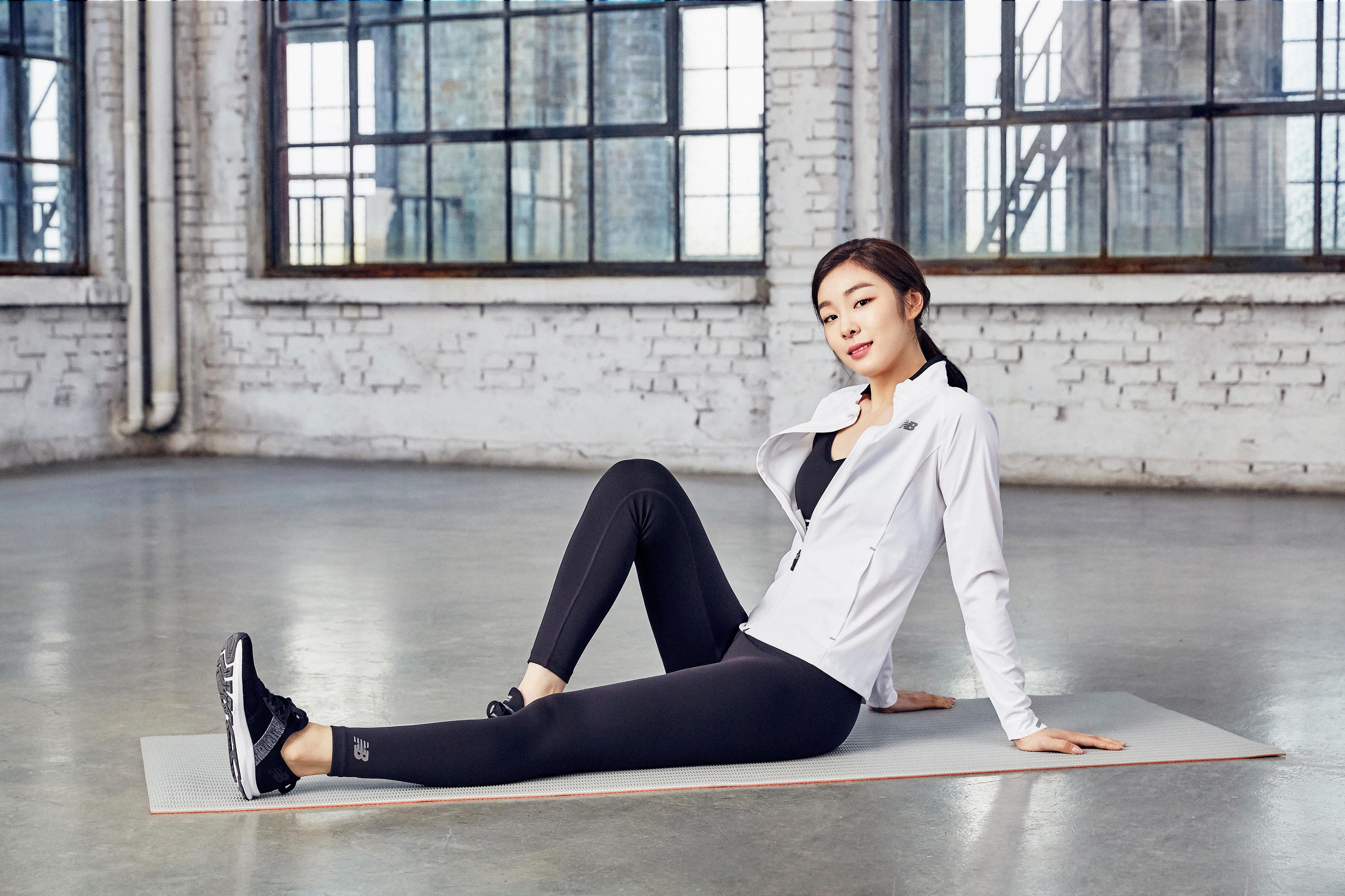 김연아 뉴발란스 '코어 발란스 애슬레저' 화보 ② 고화질