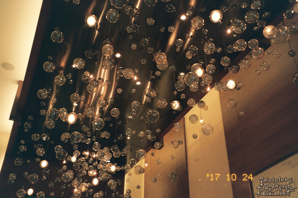 쉐라돈 디큐브 시티, 후지C200으로 촬영