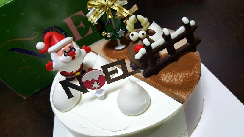 파리바게트 크리스마스 케이크! 산타는 딸기 루돌프는 초코