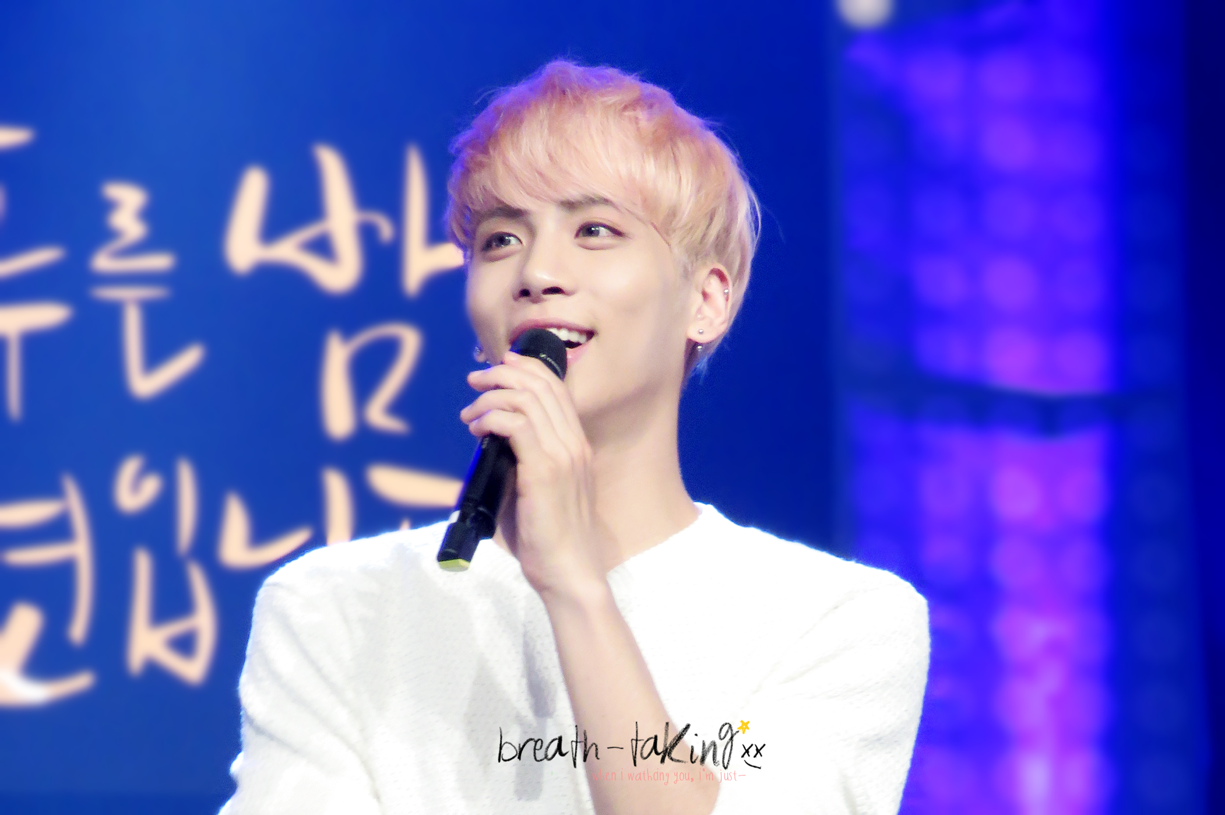 160426 Jonghyun @ MBC Live Concert - Blue Night 262A8239571FA3B005C475
